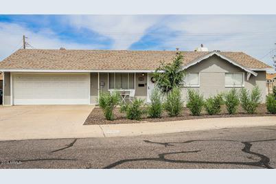 8230 N 38th Drive - Photo 1