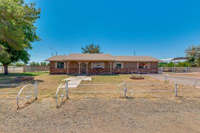 2377 E Willis Road - Photo 1