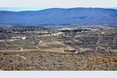 76Xx E Coyote Trail - Photo 1