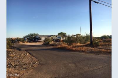 1815 E La Salle Road - Photo 1