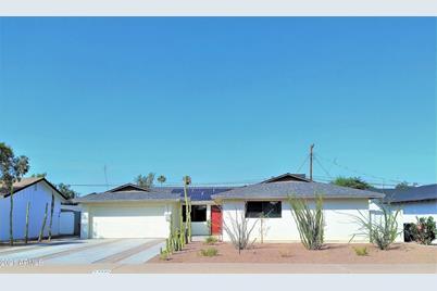 6426 E Vernon Avenue - Photo 1