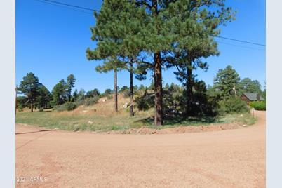 2808 Pine Hill Drive - Photo 1
