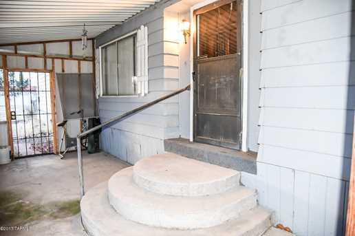 405 W Scott Street - Photo 2