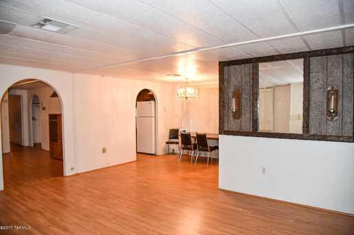 405 W Scott Street - Photo 10