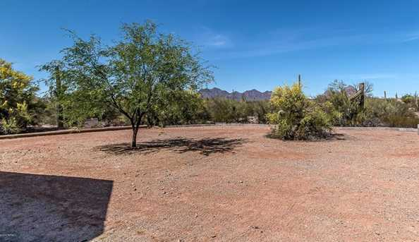 20770 W Silverbell Rd - Photo 34