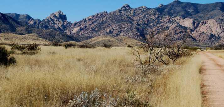 Desert Road - Photo 2
