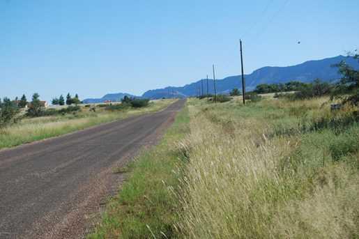 Desert Road - Photo 4