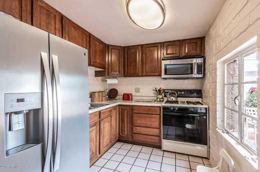 1445 N Beverly Avenue - Photo 6