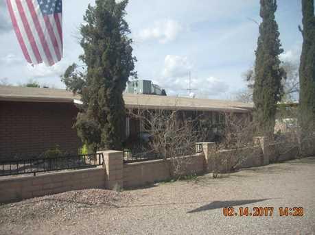 110 Catalina Avenue - Photo 1