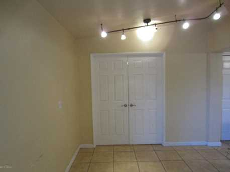 3130 E Seneca Street - Photo 8