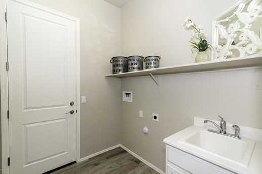 12143 Creosote Valley Rd - Photo 14