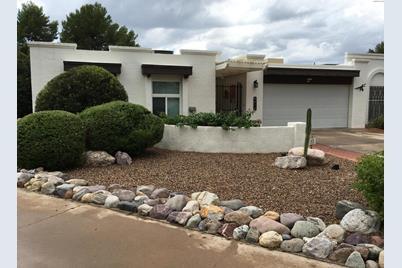 6612 E Villa Dorado Drive - Photo 1