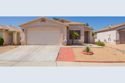 10179 E Sunset Meadow Place - Photo 1