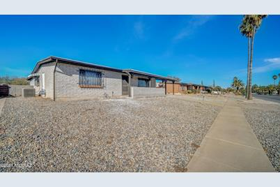 726 S Abrego Drive - Photo 1