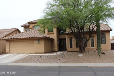 1381 E Sonoran Desert Drive - Photo 1