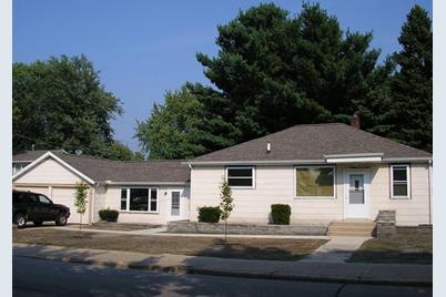610 Poplar Street - Photo 1