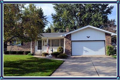 424 Willow Lane - Photo 1