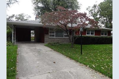 424 Crestwood Drive - Photo 1