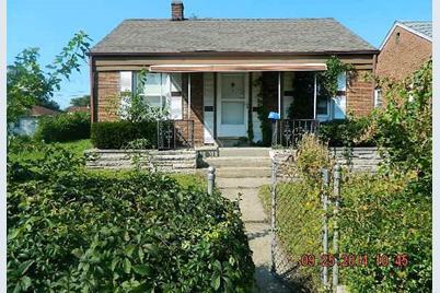 2562 Van Buren Street - Photo 1