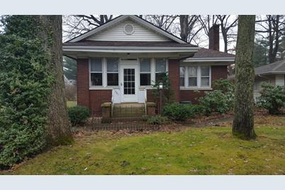 301 e coolspring ave michigan city in 46360 mls 447186 rh coldwellbankerhomes com