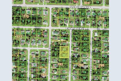1317 Arrow Street - Photo 1