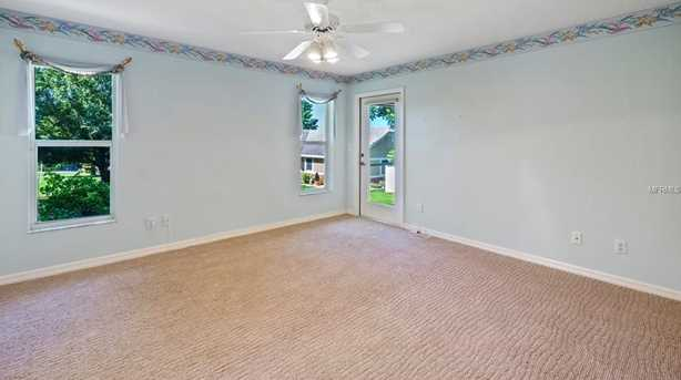 2430 Lakeview Ave - Photo 4
