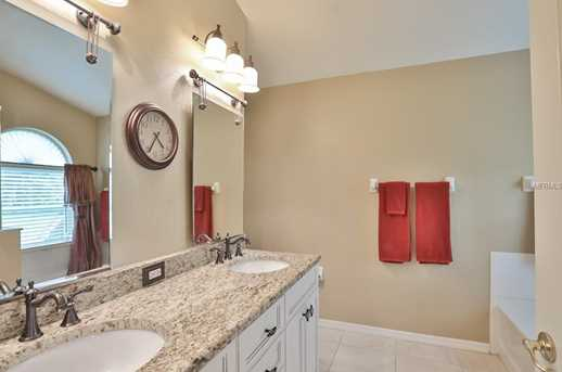 25944 Bloomsbury Court - Photo 14