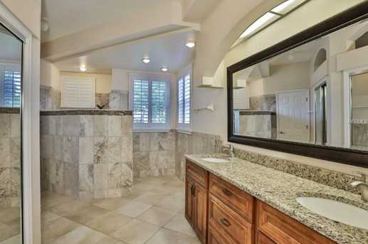 2050 Berry Roberts Dr - Photo 14