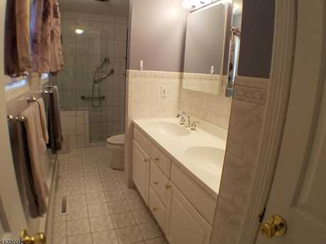 408 Bayview Ave - Photo 12