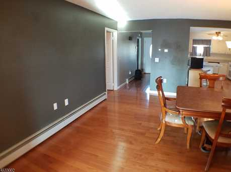408 Bayview Ave - Photo 4