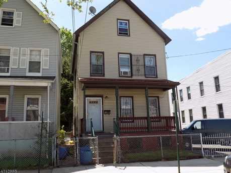 512 Livingston St - Photo 1