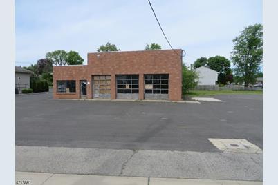 1 Union Ave - Photo 1