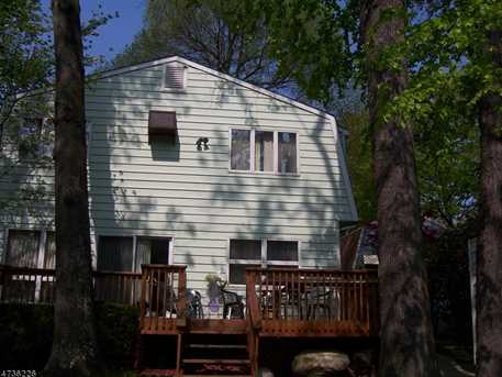 441 Lakeview Ave - Photo 2
