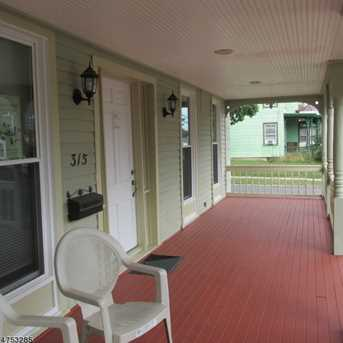 315 E High St - Photo 2
