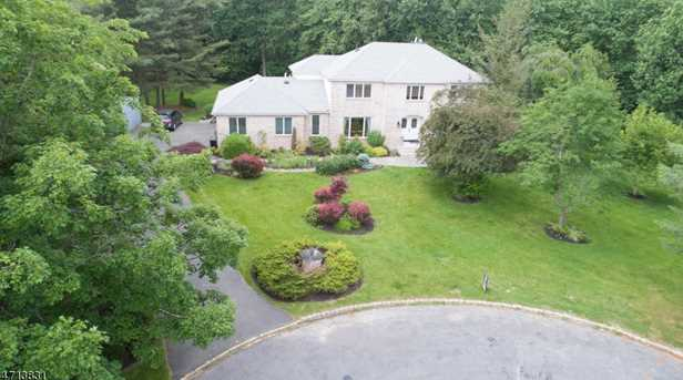 3 Romney Ct - Photo 2
