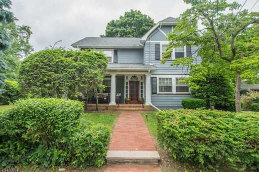 152 Watchung Ave - Photo 1