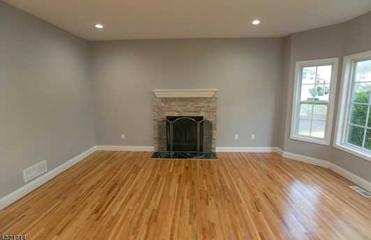 1370 Belleview Ct - Photo 4