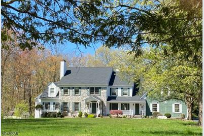 58 Brook Dr South - Photo 1