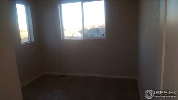 1127 102nd Ave - Photo 18