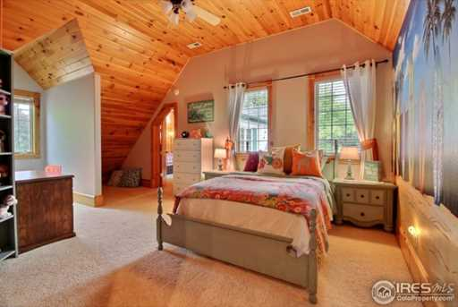 7910 Windsong Rd - Photo 24