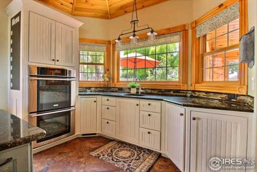 7910 Windsong Rd - Photo 8