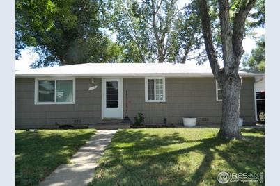 732 Rees Ct - Photo 1