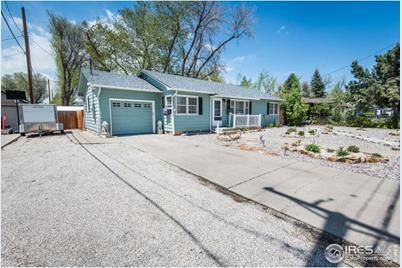915 Colorado Ave - Photo 1