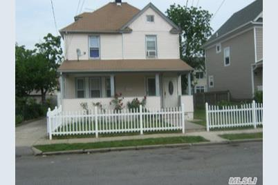 11 Hanover Pl - Photo 1