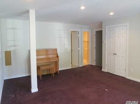 38 Manorhaven Blvd - Photo 4