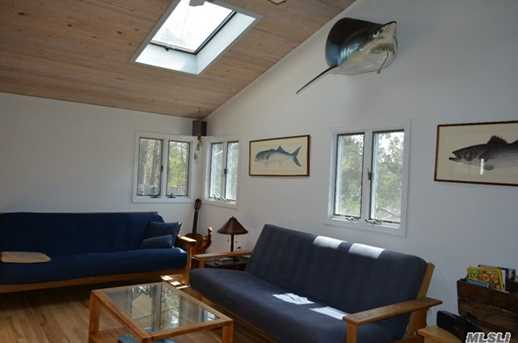 77 Moriches Island Rd - Photo 4
