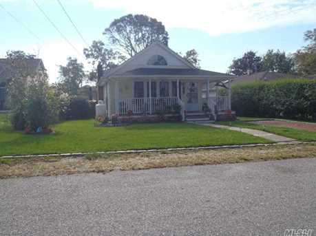 66 Edgewater Dr - Photo 2