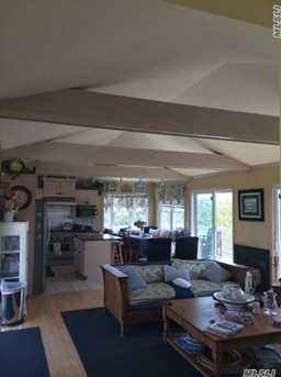 55 Midway Ave - Photo 4