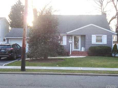 1528 Oakfield Ave - Photo 1