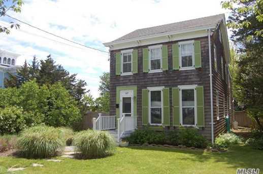 147 Bay Ave - Photo 1